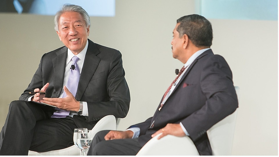 Senior Minister and Coordinating Minister for National Security Teo Chee Hean discussing