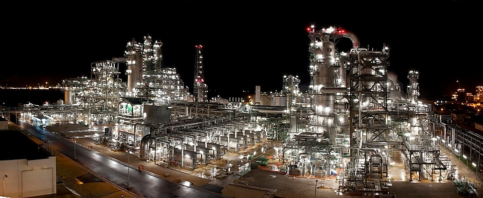 The mono-ethylene glycol plant uses Shell's proprietary OMEGA technology